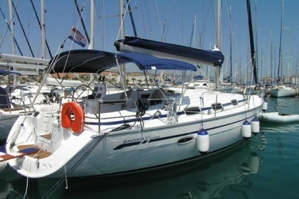 Hire Sailboat BAVARIA 39 CRUISER Trogir