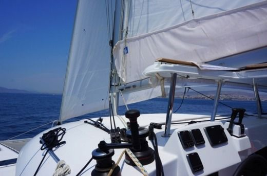 Catamaran Lagoon 380 S2 for rental