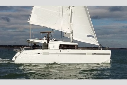 Charter Catamaran LAGOON 450 Portisco