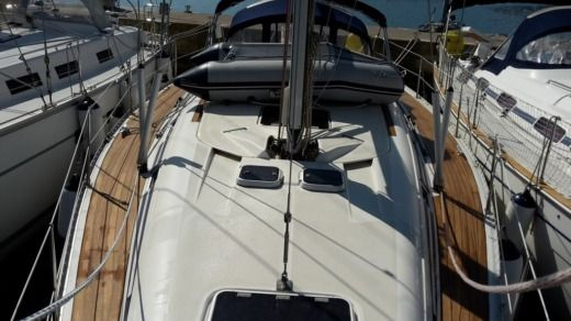 Sailboat Elan Elan 431 for hire