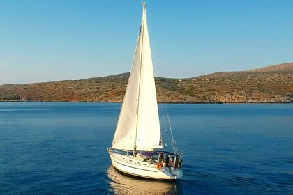 Hire Sailboat BAVARIA 46 Holiday Heraklion