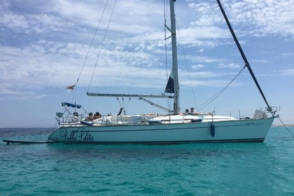 Charter Sailboat bavaria 49 bavaria 49,5 cabinas para 12 personas Canary Islands