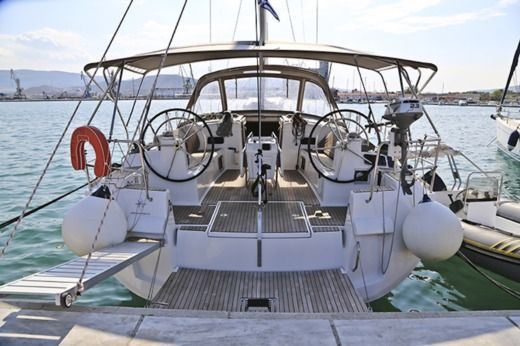 Jeanneau Sun Odyssey 509 in Volos for hire