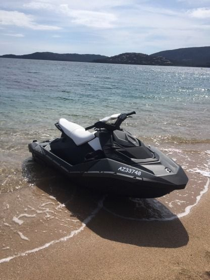 Location Jet-ski Sea Doo Spark Porto-Vecchio
