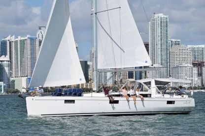 Charter Sailboat Beneteau 48' Miami