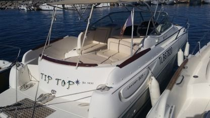 Charter Motorboat Jeanneau 805 Cavalaire-sur-Mer