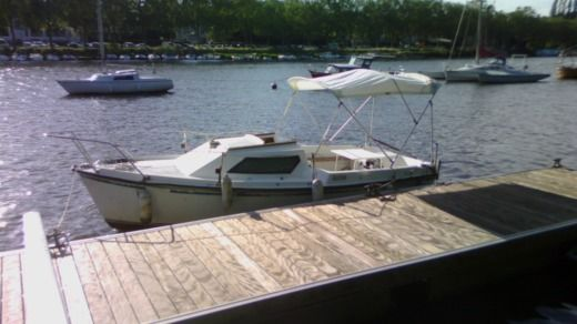 Gibert Marine Serenita 55 in Nantes for hire