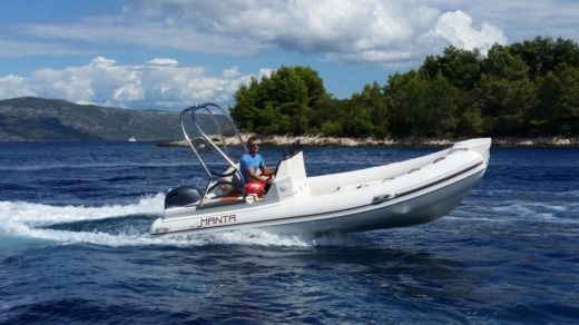 Charter rIB in Hvar peer-to-peer