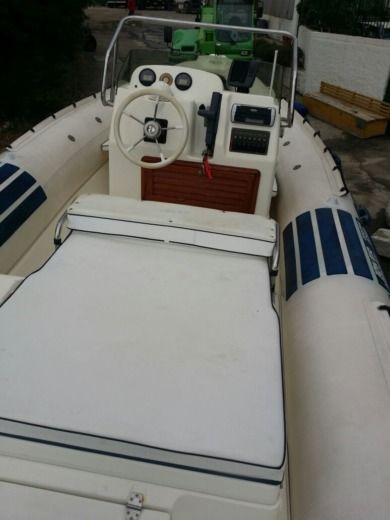 RIB Joker Boat Coaster 650 for hire