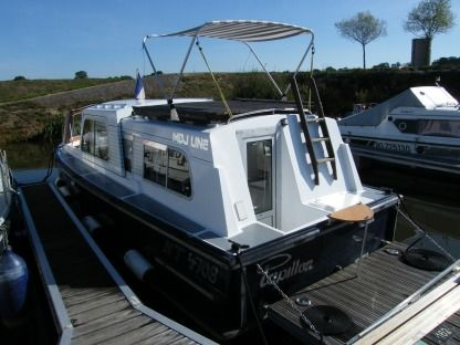 Charter Houseboat Buccaneer Kingfisher Messac