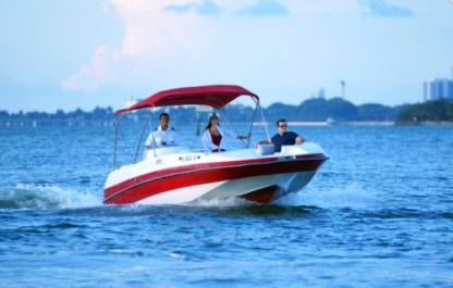 Rental Motorboat Cobia 25 Miami