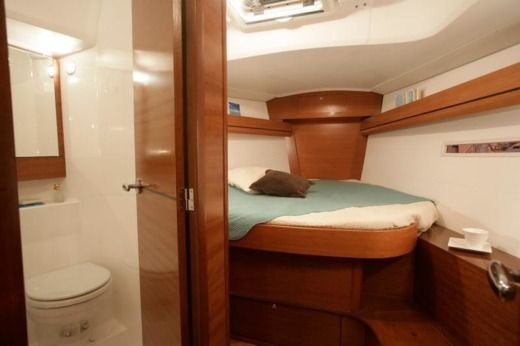 Barca a vela Dufour 405 Grand Large (3 Cabins, From 2013) da noleggiare