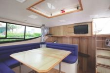 Houseboat Porter & Haylett Magnifique for hire