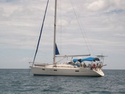 Rental Sailboat Bénéteau Oceanis 37 Sainte-Luce