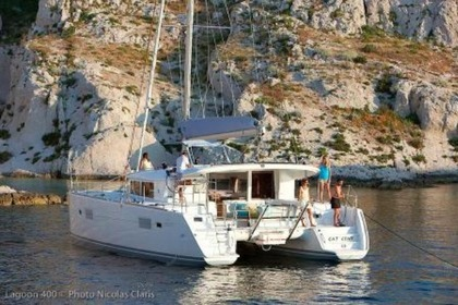 Rental Catamaran LAGOON 400 Leeward Islands