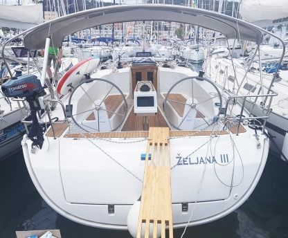 Charter Sailboat Bavaria Cruiser 41 Split