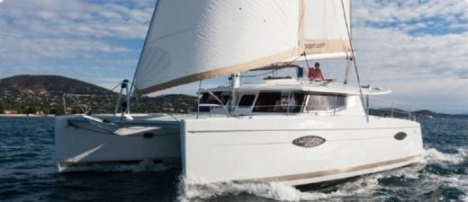 Catamaran Fountaine Pajot Helia 44 for hire