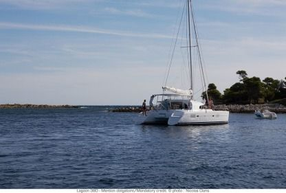 Location Catamaran Lagoon 380 Propriano