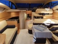 Azimut 43 Fly a Cannes