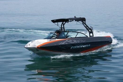 MOOMBA MOJO in Thonon-les-Bains for hire