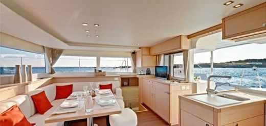 Location Lagoon 450 224 Ajaccio Click Amp Boat
