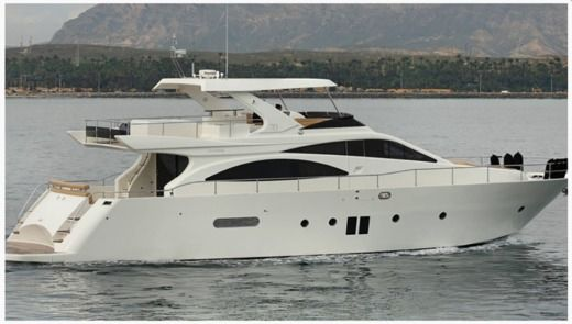 Doqueve 70 Flybrige in Ibiza for hire
