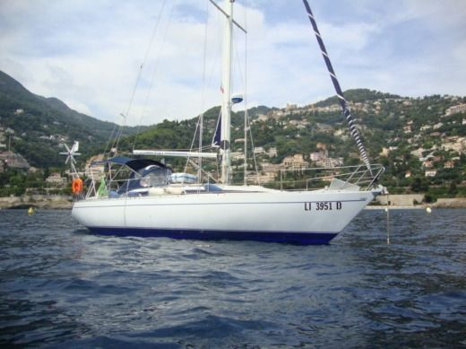 Sailboat Comar Comet 383 peer-to-peer