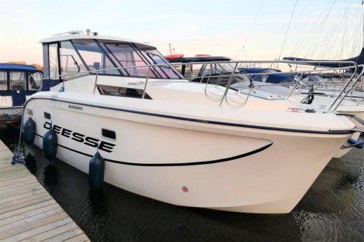 Аренда Futura 860 Vip в Венгожево - Click&BoatЧастная аренда яхт с «Click&Boat»Частная аренда яхт с «Click&Boat»