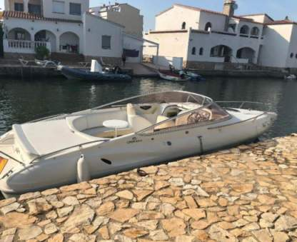 Charter Motorboat Cranchi Turchese 24 Cannes
