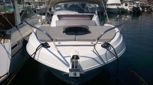 BENETEAU FLYER 850 SUNDECK MIAMI in Bastia peer-to-peer