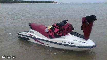 Location Jet-ski Kawasaki 900 Stx Saintes