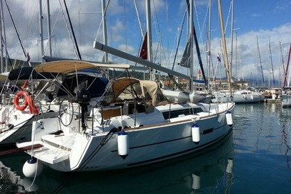 Rental Sailboat DUFOUR 350 GL Trogir