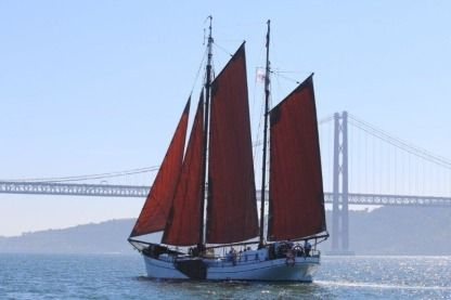 Charter Sailboat Dutch Clipper Classic Lisbon