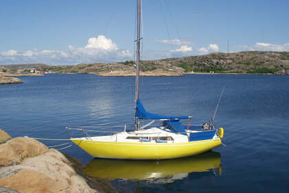 Hire Sailboat Becker 27 Szczecin