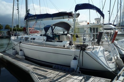 Hire Sailboat Dufour 40 Hendaye