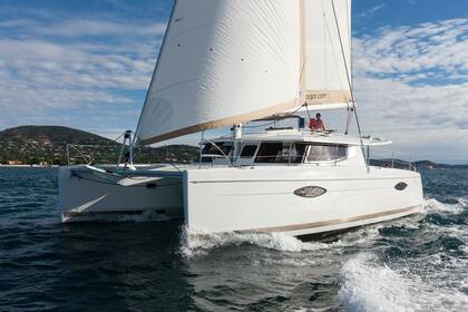 Hire Catamaran Fontaine Pajot Helia 44 Fort Lauderdale