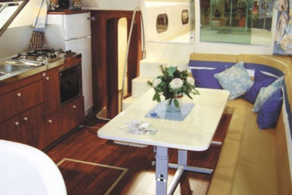 Hire Houseboat Nicols Confort 1100 Dole