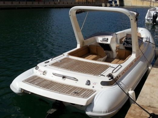 RIB V-Type Classic Inboard for hire