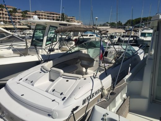 Four Winns Sundowner 255 in Vallauris zwischen Privatpersonen