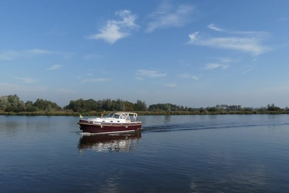 Hire Motorboat Custom Langenberg Cabin Sneek