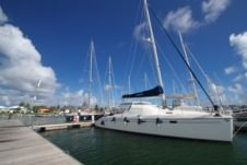 Location Catamaran Alliaura Marine Privilège 49 Le Marin
