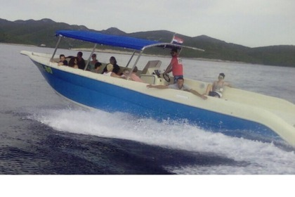 Hire Motorboat Enzo 35 Split
