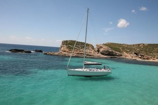 Beneteau Cyclades 50.5 in Malta for hire