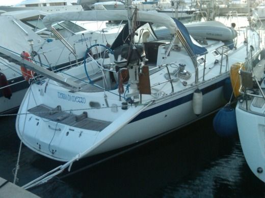 Sailboat Beneteau Oceanis 430 for hire