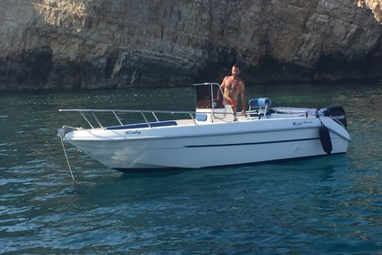 Hire Motorboat ITALMAR SPORT FISCHING 19 Syracuse