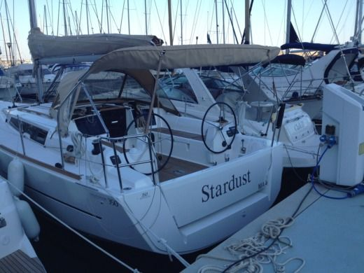 Sailboat Dufour 350 for hire