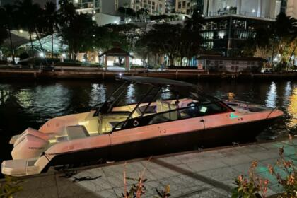 Miete Motorboot Greenline NEO Fort Lauderdale