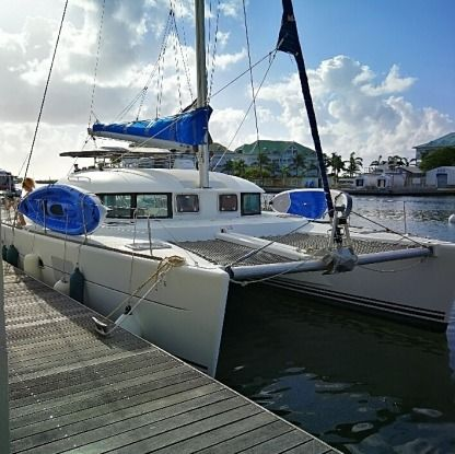 Location Catamaran Lagoon 380 S2 Saint-François