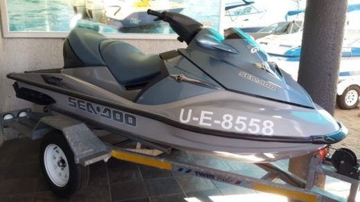 Sea Doo GTX LIMITED 4 TEC in Talmont-Saint-Hilaire for hire