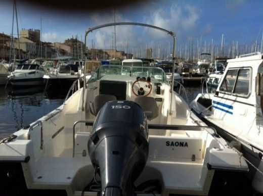 Kelt White Shark 206 a Marseille tra privati